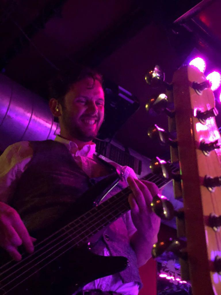 Sam Lonis – Phoenix Coverband