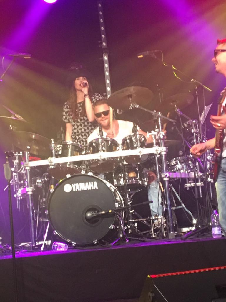 Melissa en eddy van Belleghem – Phoenix Coverband